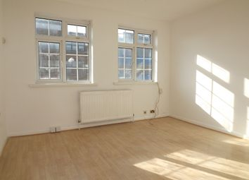Thumbnail 2 bed flat to rent in Chase Side, Southgate