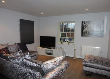 Thumbnail 2 bed flat to rent in High Street, Bawtry, Doncaster