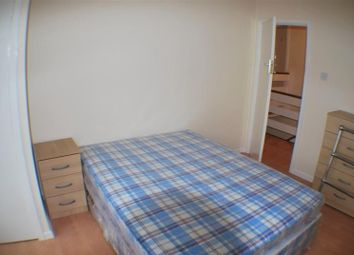 Thumbnail 1 bedroom flat to rent in Dyer Road, Shirley Southampton