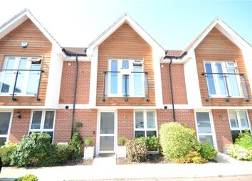 Kensal Green Drive, Maidenhead, Berkshire SL6. 2 bed terraced house