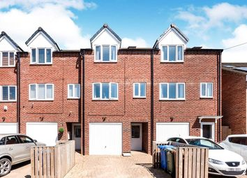 Thumbnail 3 bed terraced house for sale in Ashbourne Avenue, Bridlington, North Humberside