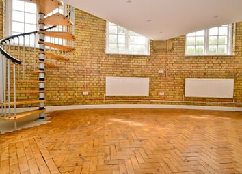 Thumbnail 1 bed flat to rent in Virginia Road, London