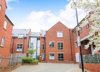 Thumbnail 1 bed flat to rent in Coopers Yard Paynes Park, Hitchin