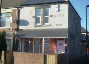 Thumbnail 1 bed flat to rent in Mitford Street, East Howdon