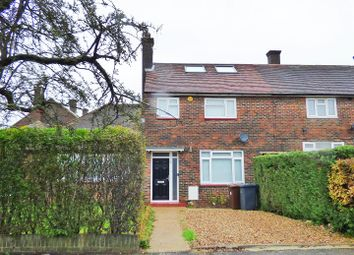 Thumbnail 4 bed property to rent in Linton Avenue, Borehamwood