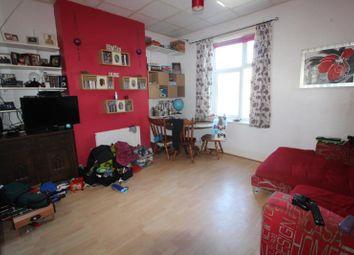 Thumbnail 2 bed flat to rent in Splott Road, Splott, Cardiff