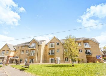 Thumbnail 2 bed flat for sale in Chaldon Road, Caterham