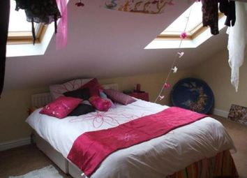 Thumbnail 5 bed flat to rent in South View West, Heaton, Newcastle Upon Tyne