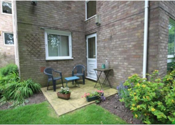 Thumbnail 2 bed flat to rent in Peel Court, Bradford