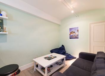 2 bed maisonette to rent in Queens Gate Gardens, South Kensington, London SW7