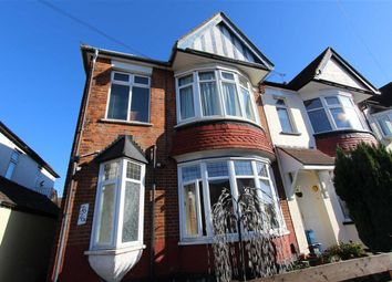 Thumbnail 2 bed flat to rent in Ronald Park Avenue, Westcliff On Sea, Essex