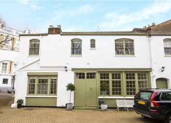 Thumbnail 3 bed mews house to rent in Garden Mews, Notting Hill, London