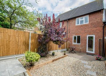 Thumbnail 2 bed property to rent in Chennells Close, Hitchin