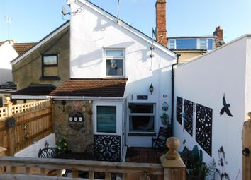 Thumbnail Terraced house for sale in Back Road, Calne