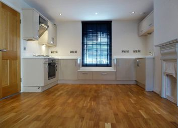 Thumbnail 1 bed flat to rent in Cross Street, Basingstoke