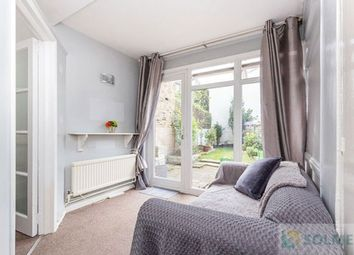 Thumbnail Studio to rent in Pembridge Villas, Nothing Hill, London