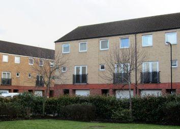 Thumbnail 4 bed town house to rent in Carpathia Drive, Southampton
