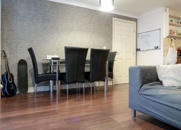 1 bed flat to rent in Bromley By Bow, London E3