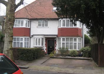 Thumbnail 2 bed flat to rent in Salisbury Avenue, Finchley