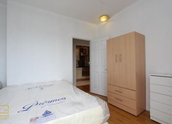 Thumbnail Room to rent in 2 Artichoke Hill, Wapping, Shadwell, Tower Bridge