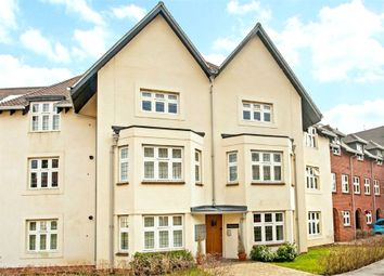 Thumbnail 2 bed flat to rent in Highcroft Road, Winchester