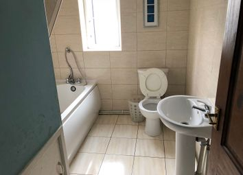 Thumbnail 3 bed flat to rent in Oldfield, Heckmondwike