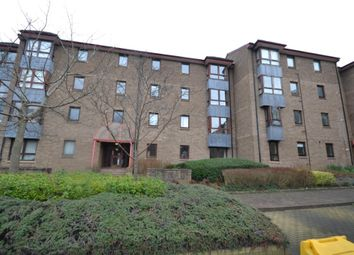 3 bed flat to rent in Sienna Gardens, Sciennes, Edinburgh EH9