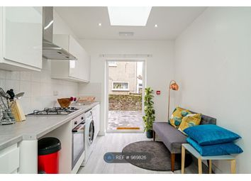 Room to rent in Fairview Road, London N15