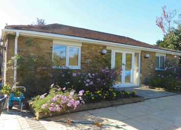 Thumbnail Studio to rent in Guildford Road, Fetcham, Leatherhead