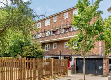 2 bed maisonette for sale in Tudor Court, London N1