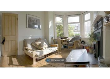 2 bed maisonette to rent in Manor Park Road, London N2