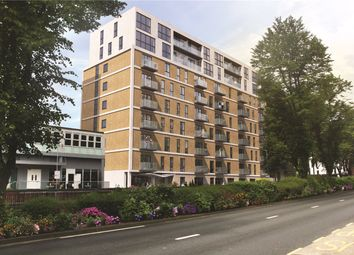 Thumbnail 1 bed flat for sale in The Avenue, Southend On Sea, Esse