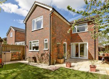 4 bed detached house for sale in Cedar Drive, Kingsclere, Newbury RG20