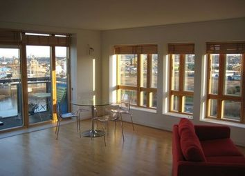 Thumbnail 1 bed flat to rent in Renaissance Walk, Greenwich