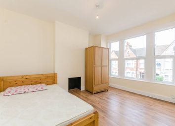 Thumbnail 2 bed flat to rent in Heaton Road, Mitcham