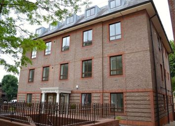 Thumbnail 2 bed flat to rent in South Street Surrey, Epsom