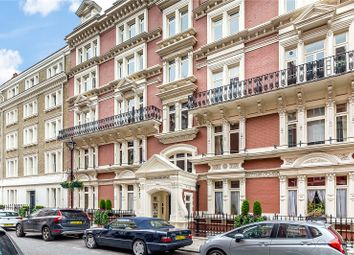 Thumbnail 3 bed flat for sale in Carlisle Mansions, Carlisle Place, London