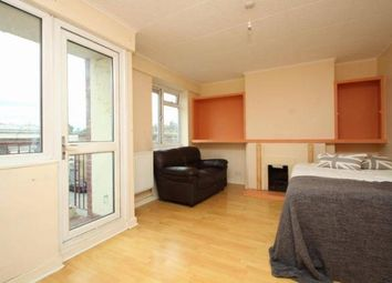 3 bed maisonette to rent in Mile End, London E3