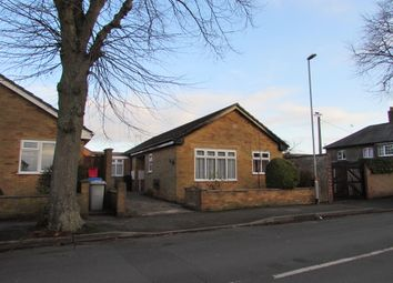Thumbnail 4 bed bungalow to rent in Shakespeare Road, Kettering