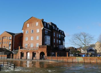 Thumbnail 2 bedroom flat to rent in Bear Wharf, Fobney Street, Reading