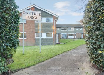 Thumbnail 1 bed maisonette to rent in Bycullah Road, Enfield