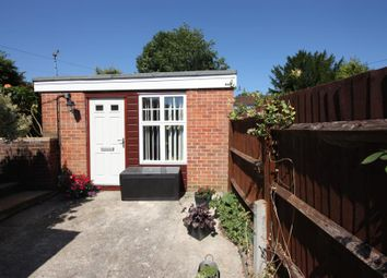 Thumbnail 1 bed cottage to rent in Curling Vale, Guildford