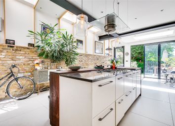Thumbnail 5 bed terraced house to rent in Bathurst Gardens, London