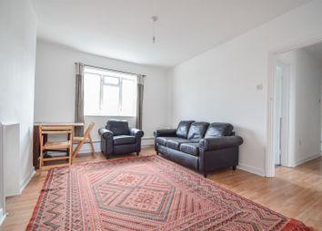 Green, Bevenden Street, London N1. 2 bed flat