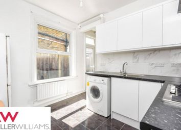 2 bed maisonette to rent in Nutwell Street, Tooting, London SW17