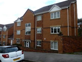 Thumbnail 2 bedroom flat to rent in Tadcaster Road, Woodseats, Sheffield