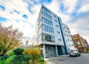 Thumbnail 3 bed flat for sale in Lant Street, Borough