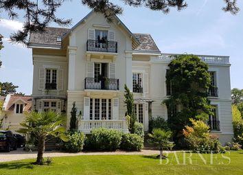 Thumbnail Property for sale in Le Vésinet, 78110, France