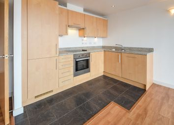 2 bed flat to rent in Queens Road, Nottingham NG2
