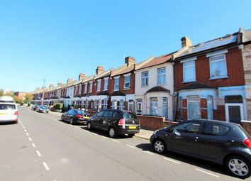 Thumbnail 1 bed flat to rent in Dunloe Avenue, London